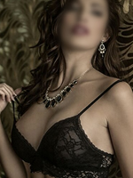 Prgaue independent escort
